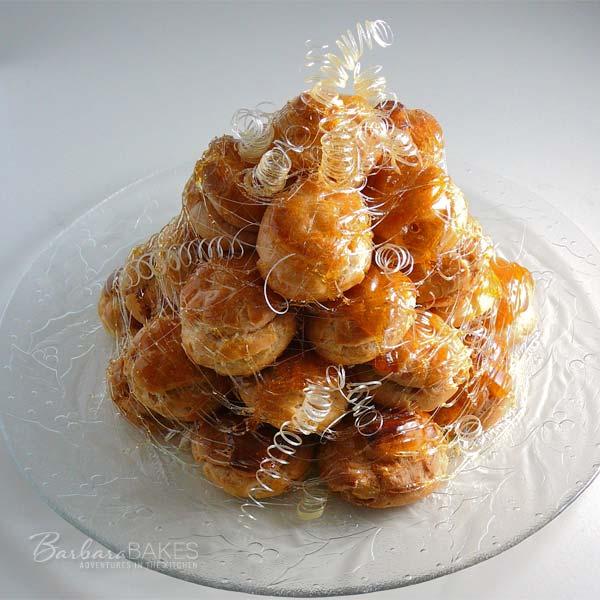 Daring Bakers Croquembouche Aka A Cream Puff Tower