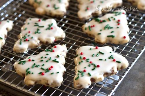 Shortbread Cookies Christmas.Cinnamon Chip Shortbread Cookie Recipe Barbara Bakes