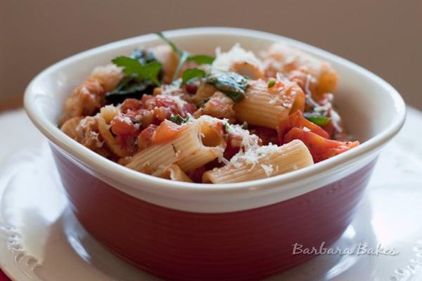Weeknight Meat Sauce With Rigatoni Recipe — Dishmaps