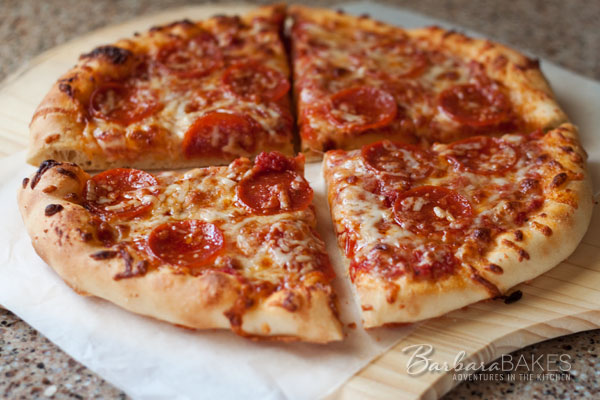 All-American Pizza and Homemade Pizza Sauce www.barbarabakes.com #recipe