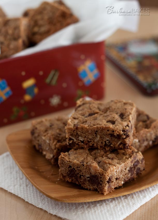 Granola Chocolate Chip Toffee Bars