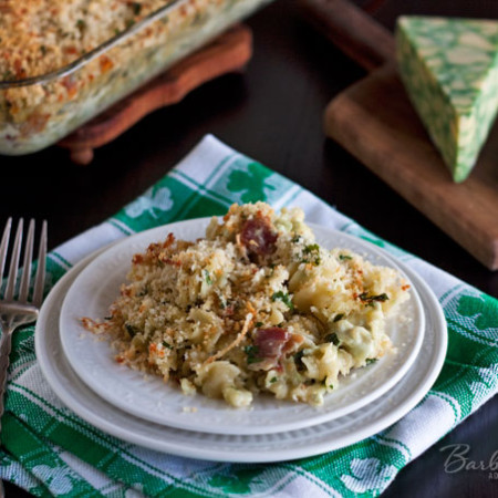 Baked-Derby-Sage-Macaroni-and-Cheese