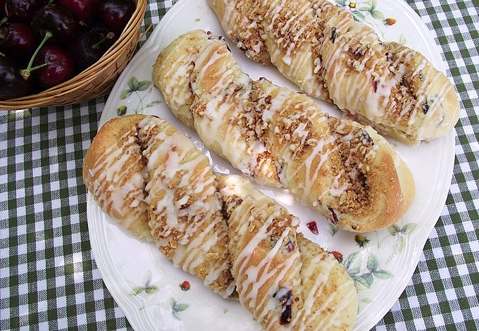 Cherry Almond Cheesecake Twists