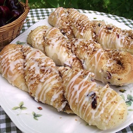rsz_cherry_almond_cheesecake_twists_049