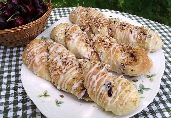 Cherry Almond Cheesecake Twists