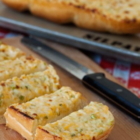 Cheesy-Garlic-Bread-Barbara-Bakes