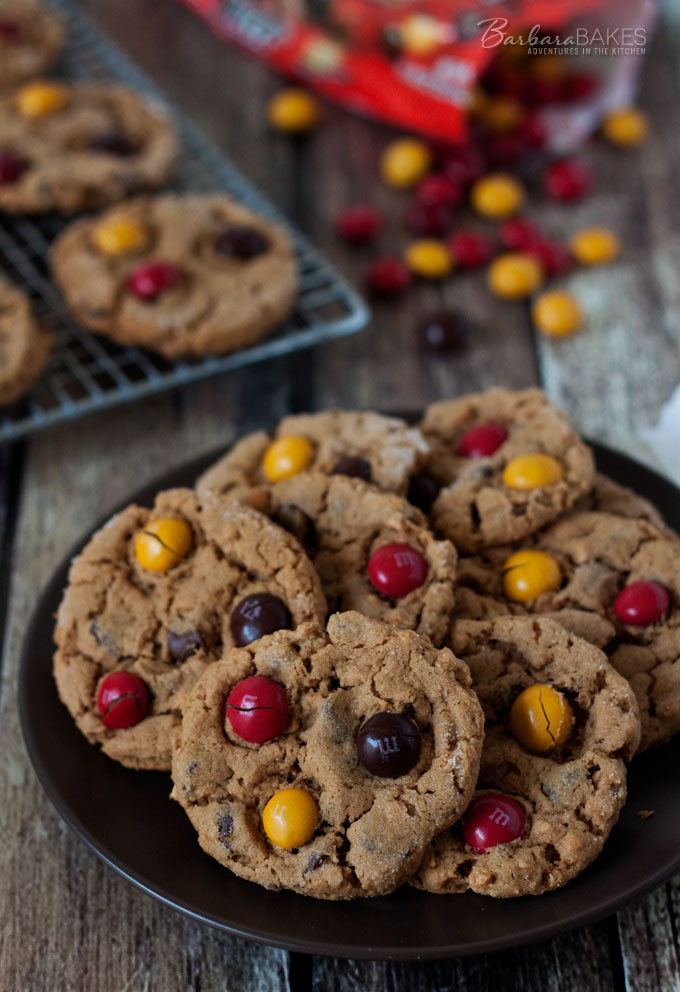 Flourless Peanut Butter Chocolate Chip Cookie Recipe from Barbara Bakes #Gluten-free