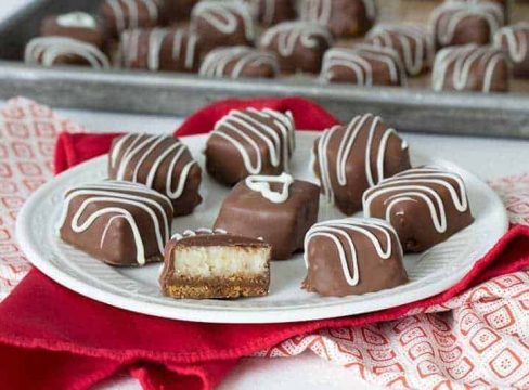Featured Image for post Chocolate Caramel Cheesecake Bites