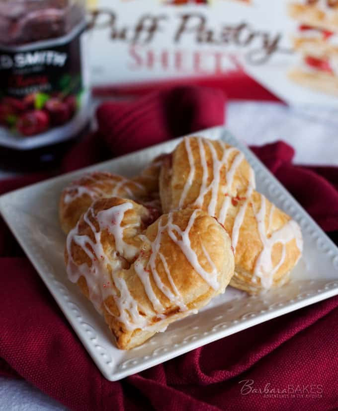 Heart Shaped Cherry Hand Pie Recipe - Super easy to make for someone ...