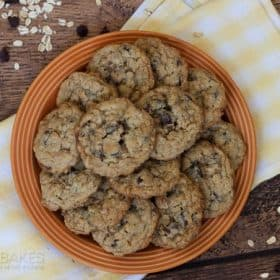 how to make the perfect oatmeal chocolate chip cookies
