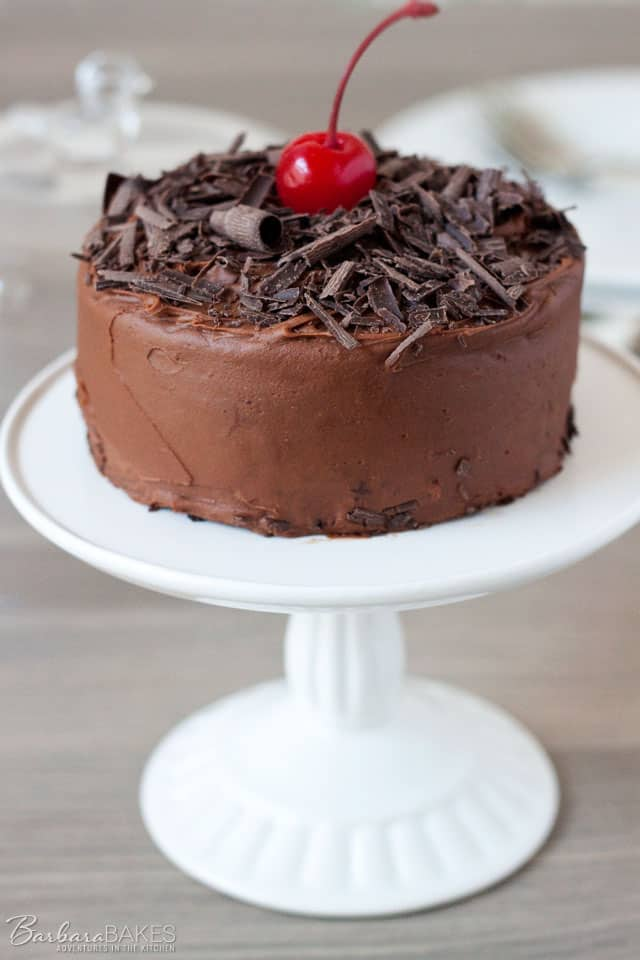 How To Make A Chocolate Cake With Cherry Filling