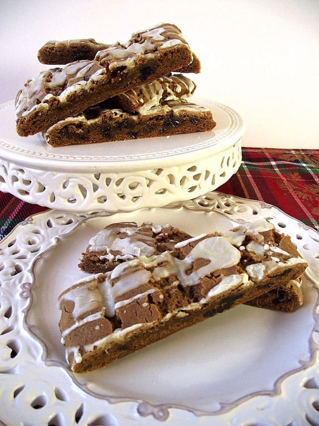 """If you love all the warm spices of fall--ginger, cinnamon and cloves--these scrumptious Spicy Hermit Bars are the """"cookie"""" for you."""