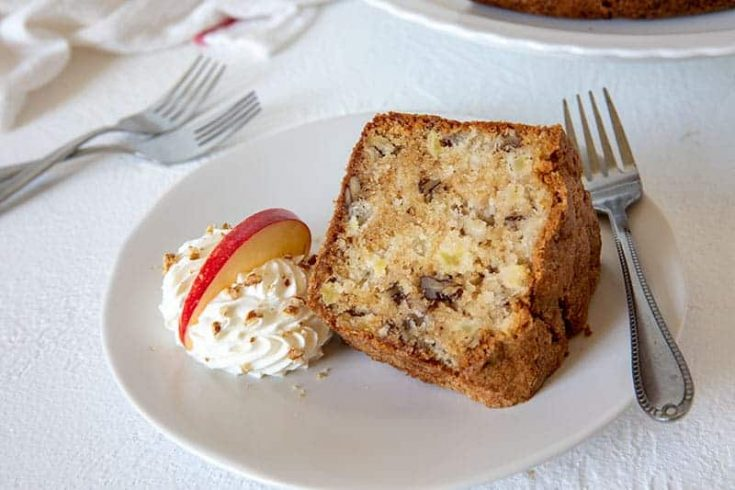 Apple Pecan Pound Cake